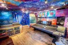 Studio 1 CR wide